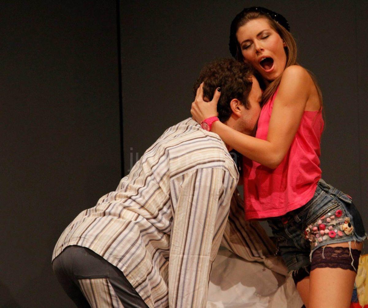 """Predstava """"Zaštita pre svega"""" u niškom Narodnom pozorištu"""