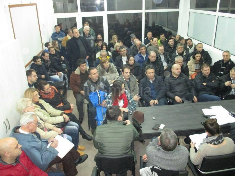 SNS:Snaga članstva u seoskim odborima