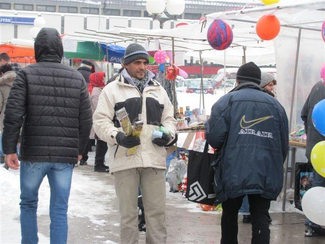 Petarde se u Leskovcu prodaju na ulici