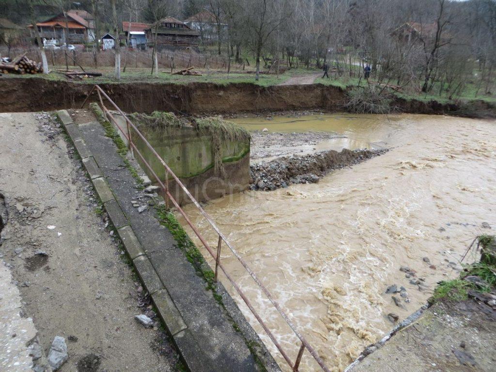 Vanredno u pet opština u Pčinjskom okrugu i delu Vranja