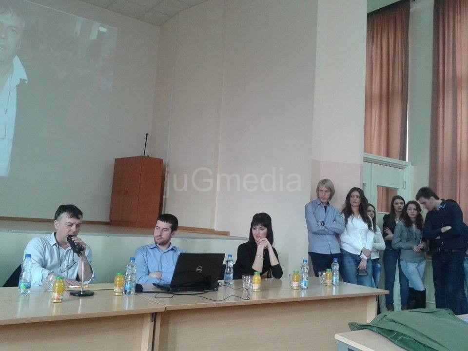 Dr Nele Karajlić: Ja sam prvi lažni doktor!