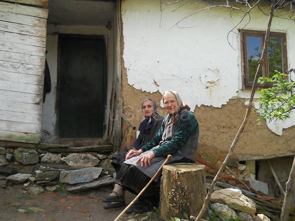 Preminula starica koja je sanjala jedino svetlo u kući
