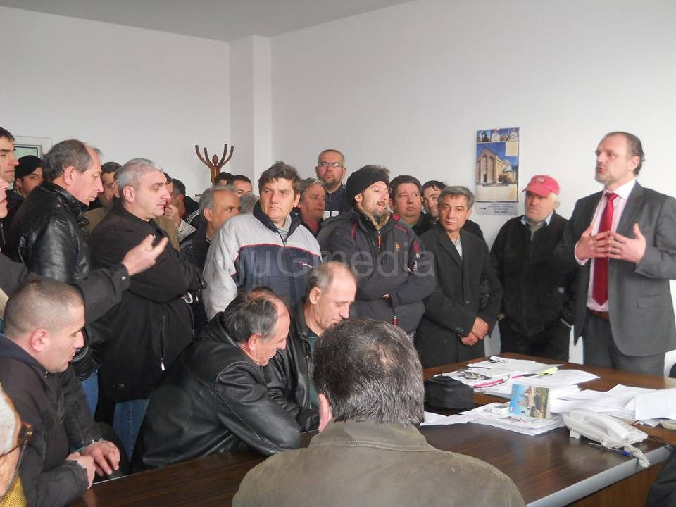 Radnici Vagonke protestovali zbog stečaja i besparice