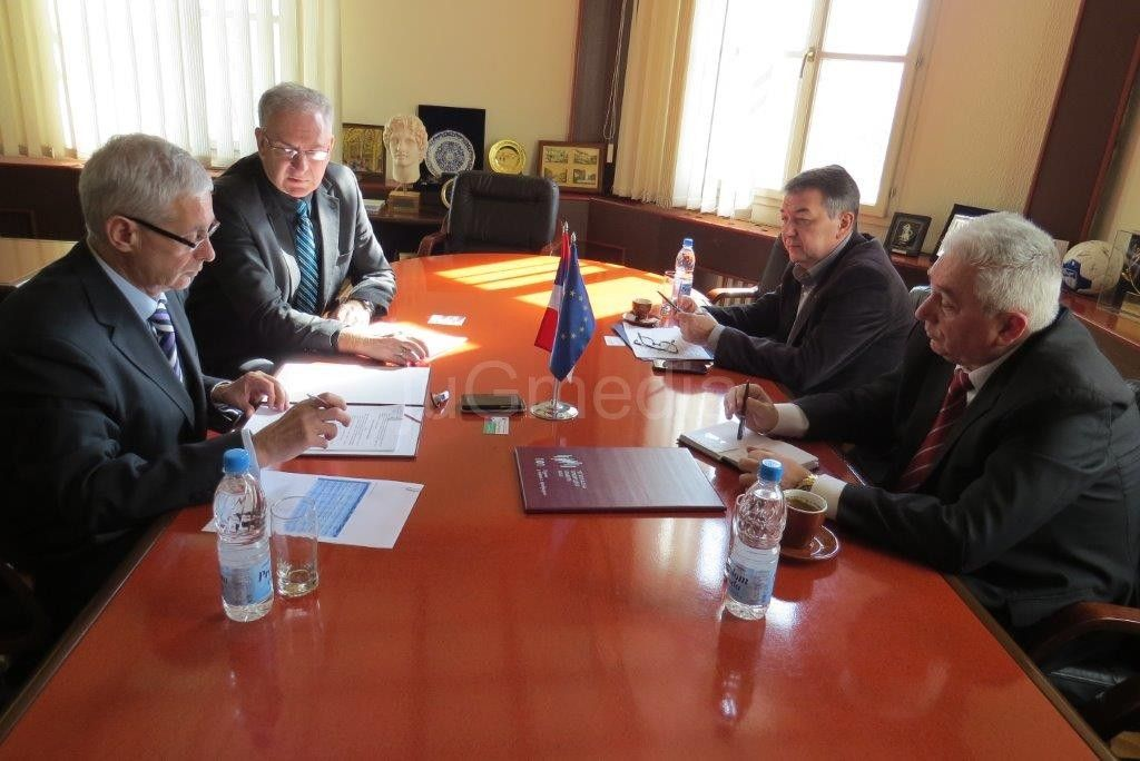 Privredna komora i Megatrend potpisali ugovor o saradnji