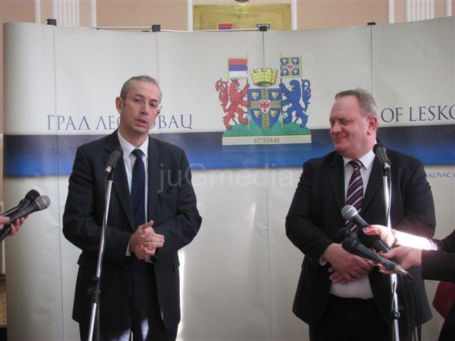 Devenport u Leskovcu obećao pomoć za Zelenu zonu