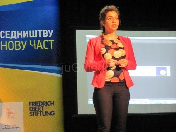 Jelena Radenković pobednica u besedništvu