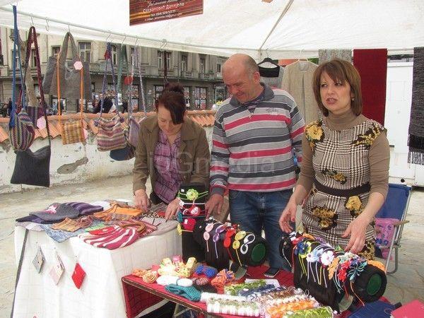 Održan prvi Bazar ručnih radova