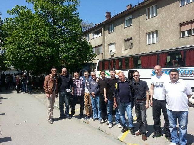 Na miting u Beogradu krenuli s pet autobusa