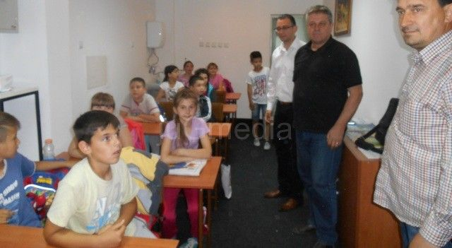 AgroInvest Fond donator biblioteke u Bojniku