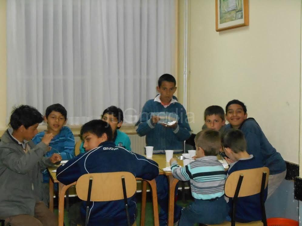 Donacija za decu u Strelcu