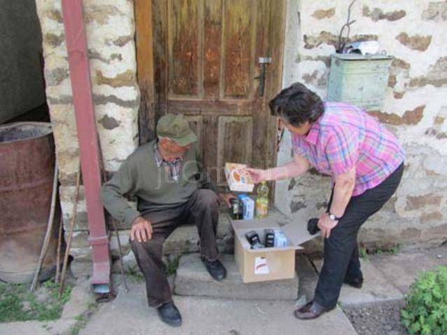 Humanitarna pomoć za najstarije i najmlađe