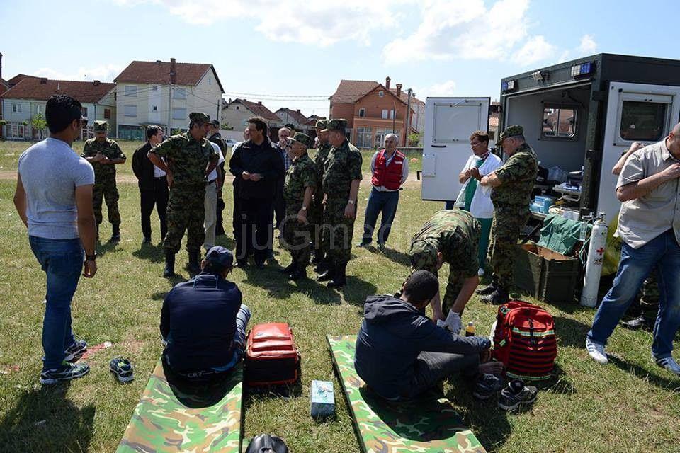 Vojni lekari pružali pomoć imigrantima u Preševu