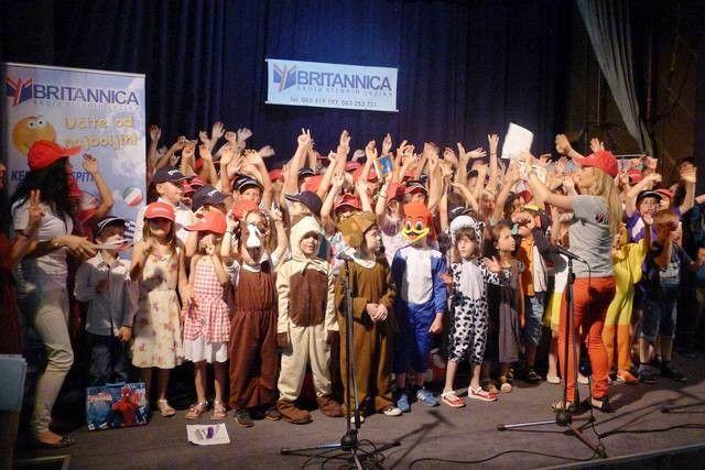 Britanika: Školska godina završena pesmom i igrom