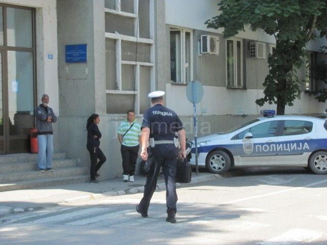 Uhapšen policajac jer je prebio svedoka