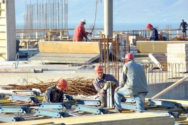 Niko ne zna koliko građana Srbije radi u inostranstvu