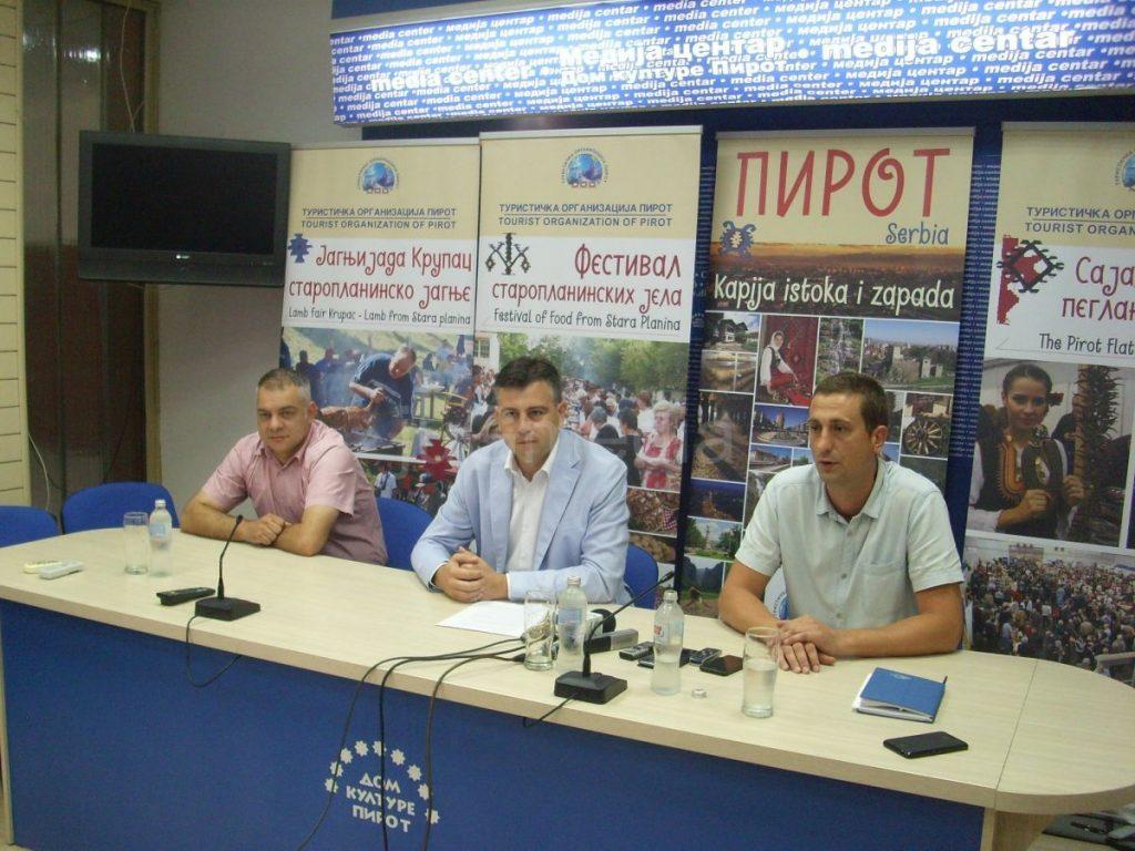Vasić pozvao premijera Vučića da provede odmor u Pirotu