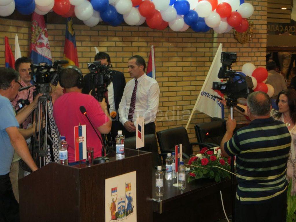 Slaviša Bulatović izabran za predsednika SNS u Vranju (FOTO i VIDEO)