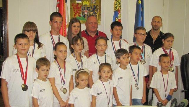 Leskovački džudisti osvolili 10 medalja u Grčkoj