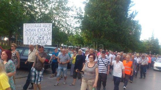 Nišlije ponovo protestvovale zbog visokih računa za grejanje