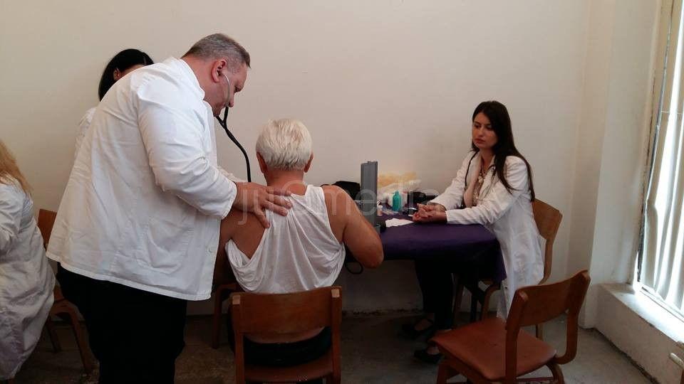 SNS organizuje lekarske preglede Leskovčana