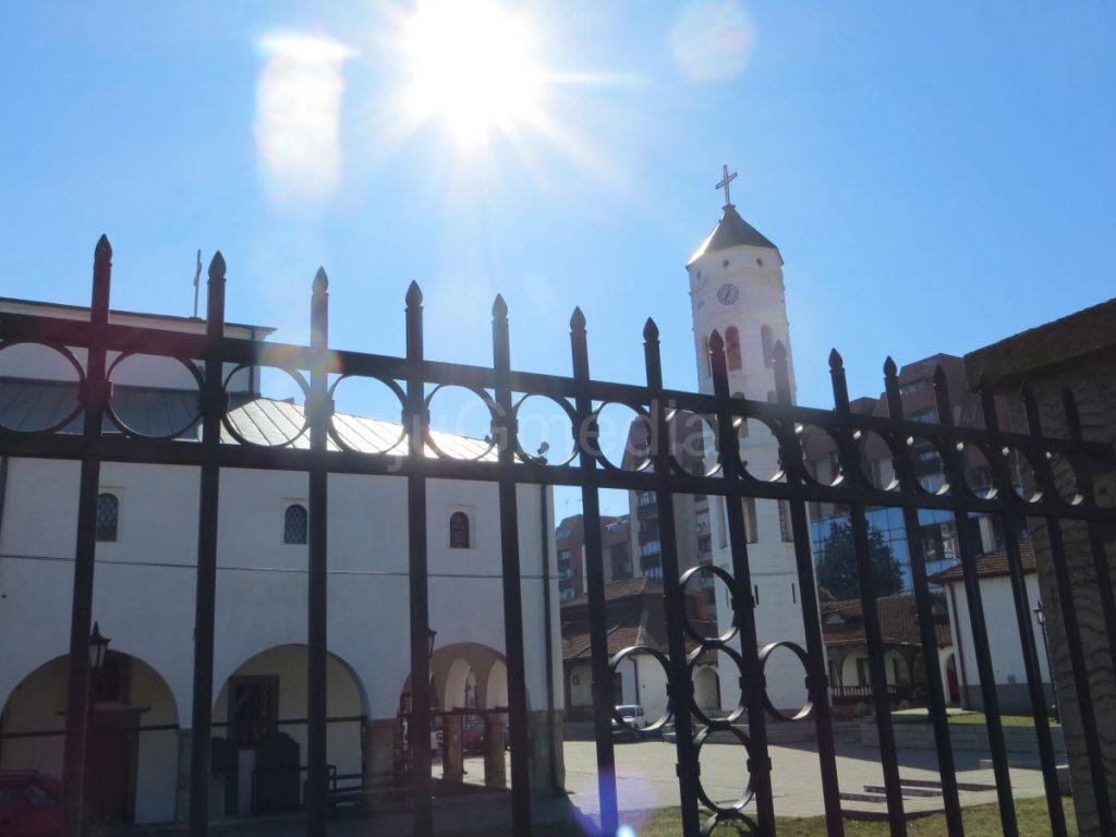 Sirene i crkvena zvona na Dan sećanja