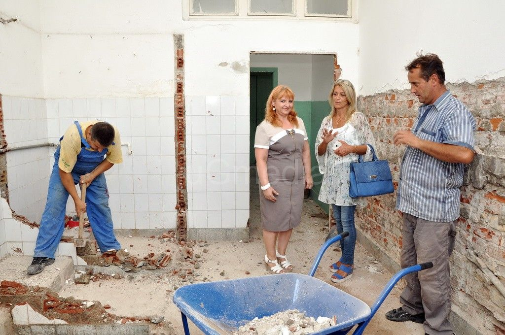 Počela rekonstrukcija školskih toaleta