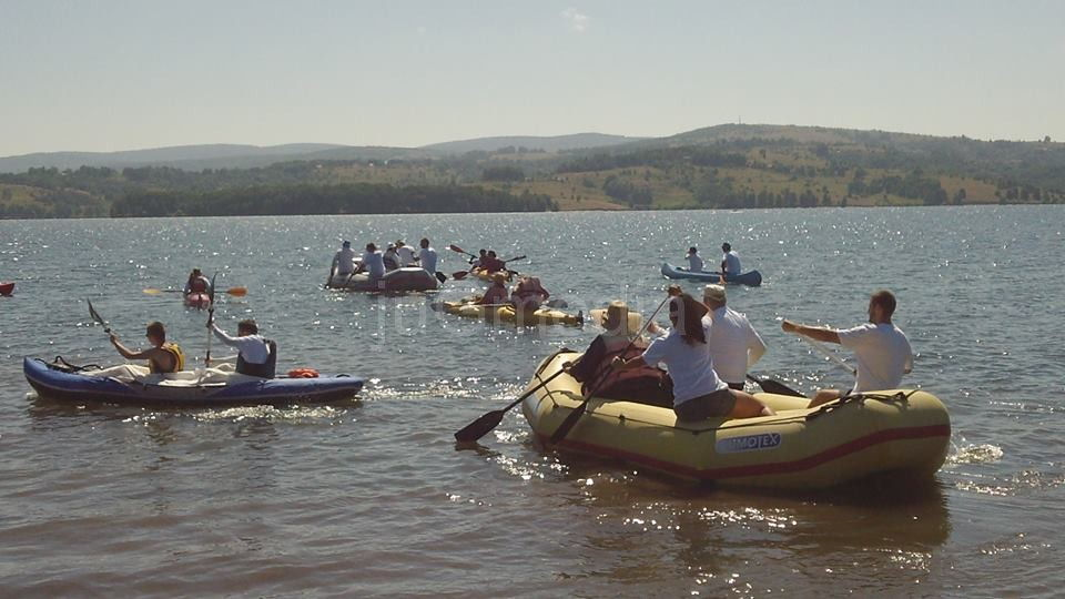Održana eko regata na Vlasini