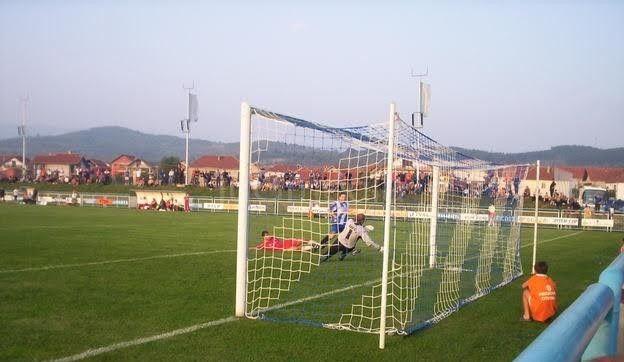 Mirković i Tončev u nedelju uručuju pehare na stadionu Rosulje