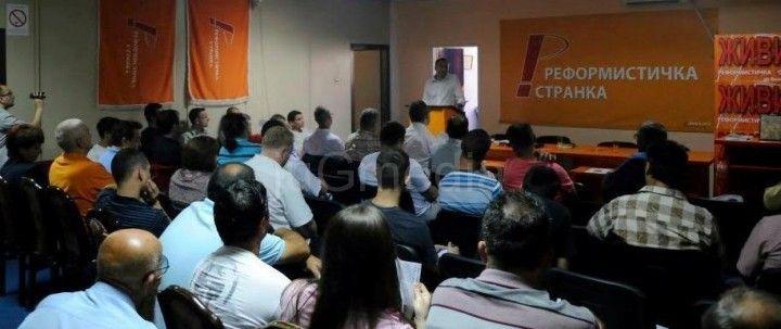 Reformisti: Vlast preko policije širi strah među novinarima