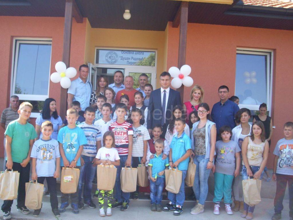 Otvorena nova škola u selu Staničenje