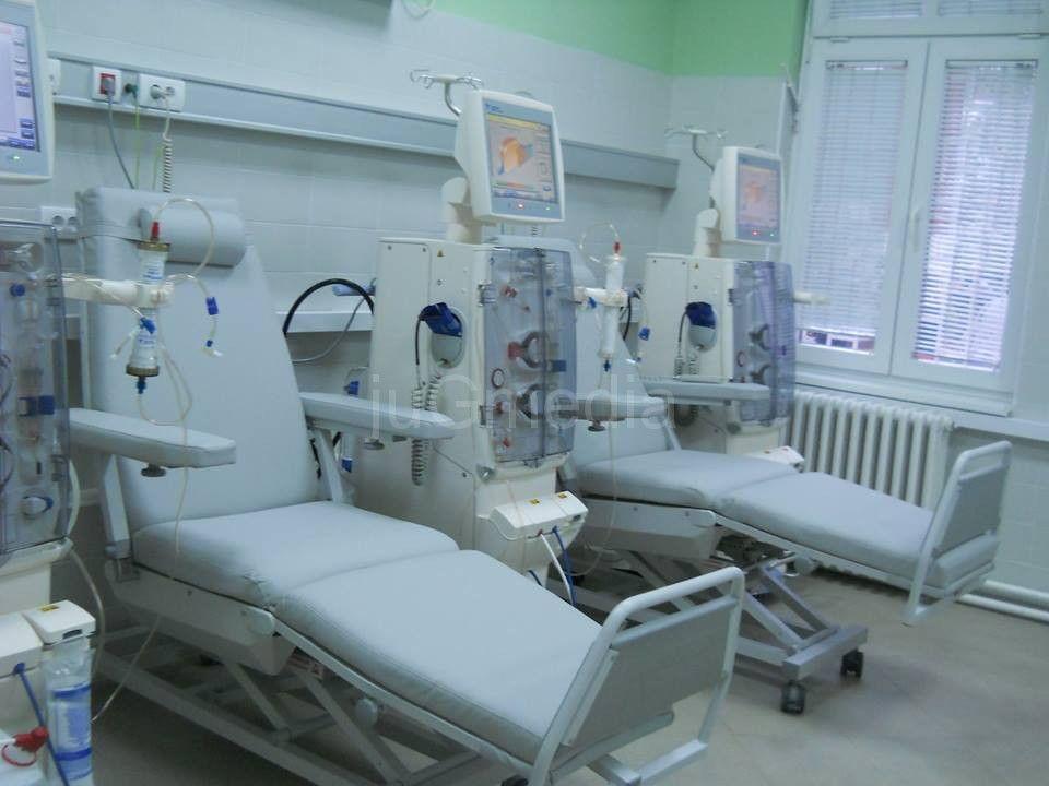Novih 10 aparata za dijalizu na Klinici za nefrologiju