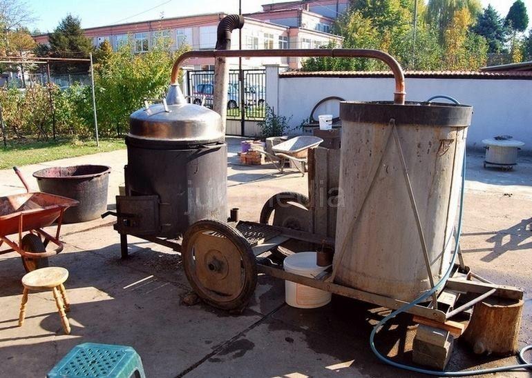 Srbi će peći rakiju i u EU, ali po evropskim standardima
