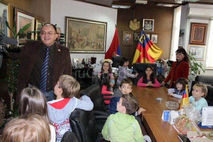 Deca_smenila_gradonacelnika