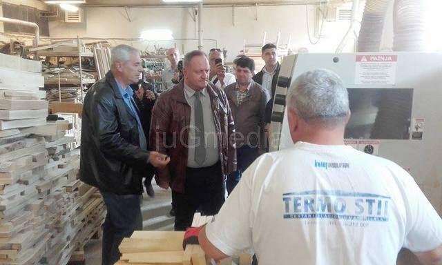 Drvoprerađivačima u Leskovcu nedostaje stručni kadar