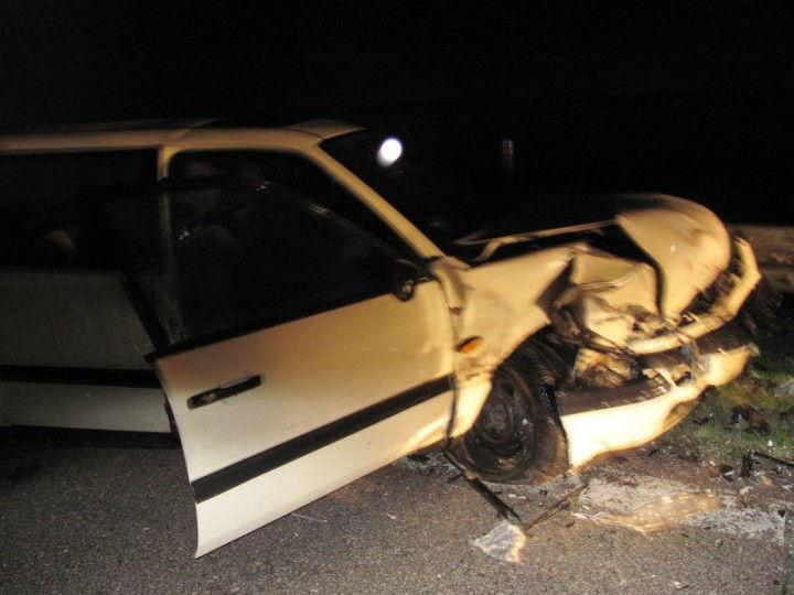 Vozilo sletelo s puta, mladić povređen