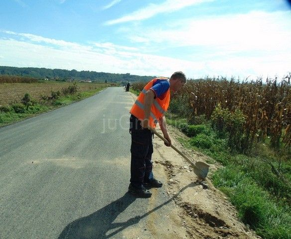 Zamirisao asfalt i u Turekovcu