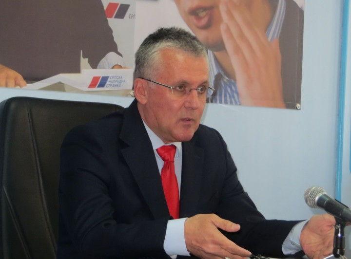 Poslanik Nikolić podržao borbu protiv nasilja nad ženama