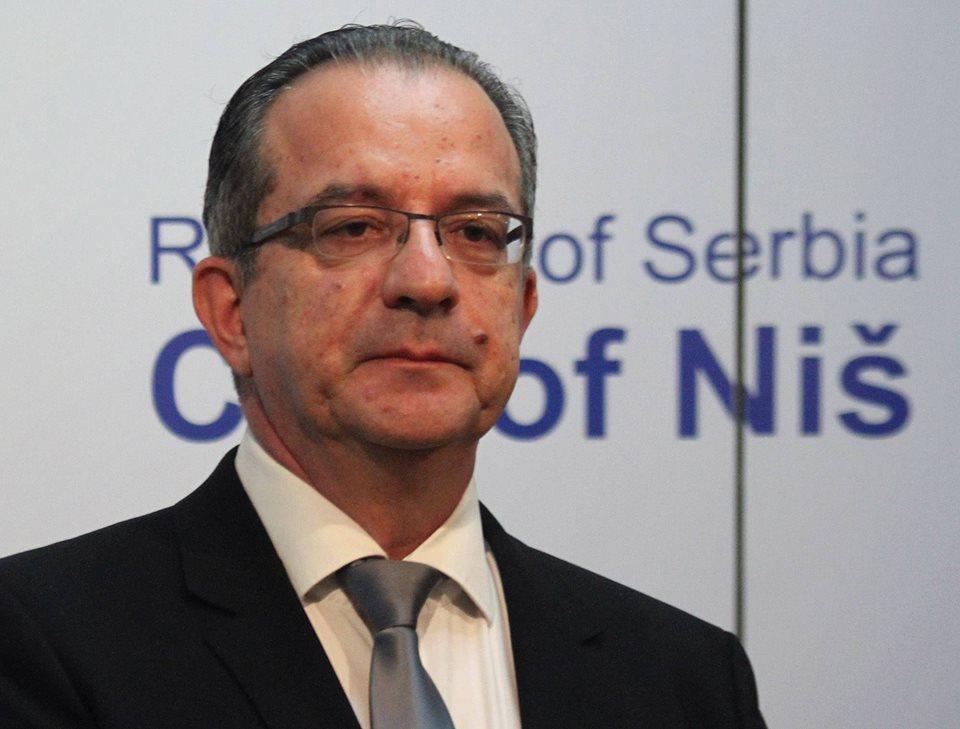 Božićna čestitika gradonačelnika Zorana Perišića