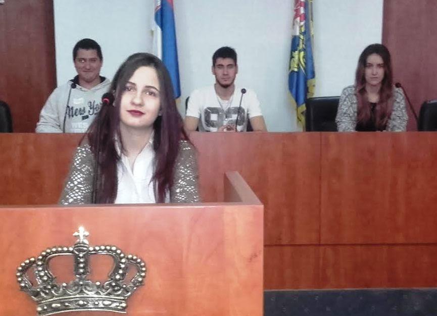 Srednjoškolci: Direktori štite profesore i ne poštuju naša prava