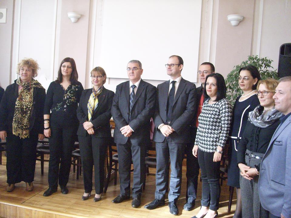 Ambasadorka Francuske posetila pirotsku Gimnaziju