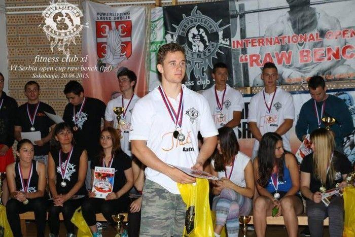 Ovo je petostruki šampion iz Leskovca!
