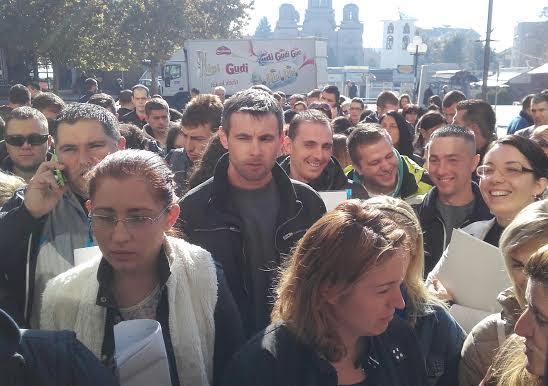 Gužva na sajmu zapošljavanja: Preko 2000 Leskovčana tražilo posao