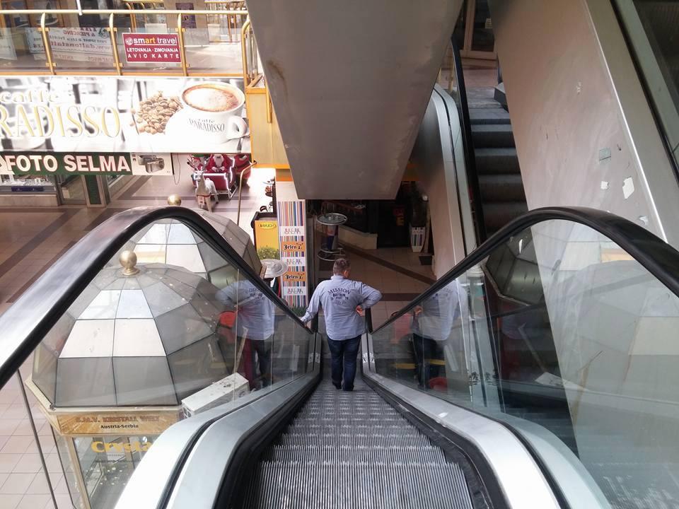 Proradile pokretne stepenice u TC Kalča
