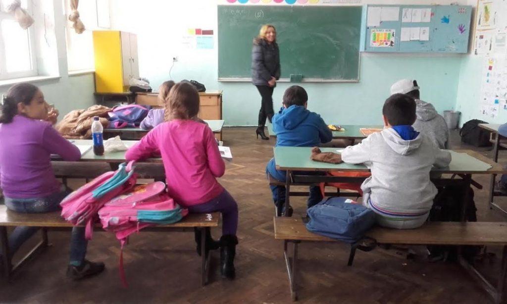 Škola sa 90 posto romske dece bez romskog jezika?!