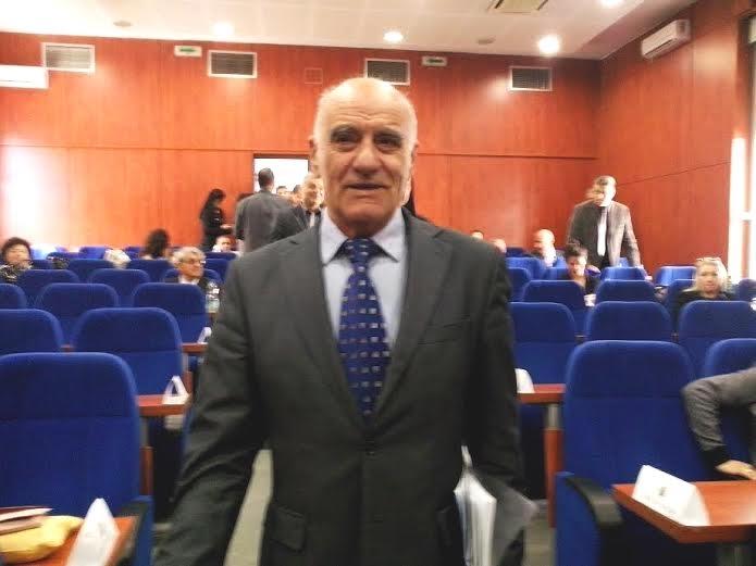 Stefanović: Ko će da odgovara što azil pravi grad a ne PWW?