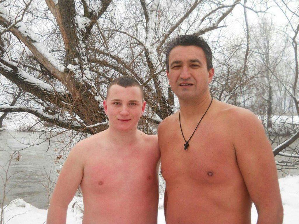 Mali Pavle doplivao do Časnog krsta u Nišavi
