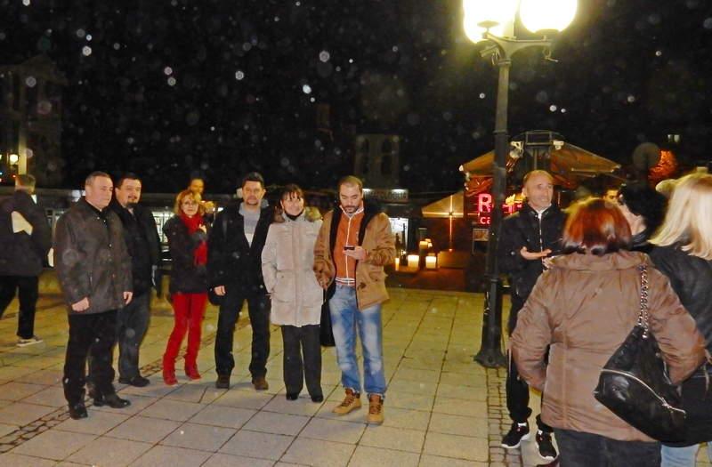 """Protesti novinara u Leskovcu obeležili """"posmatrači"""""""