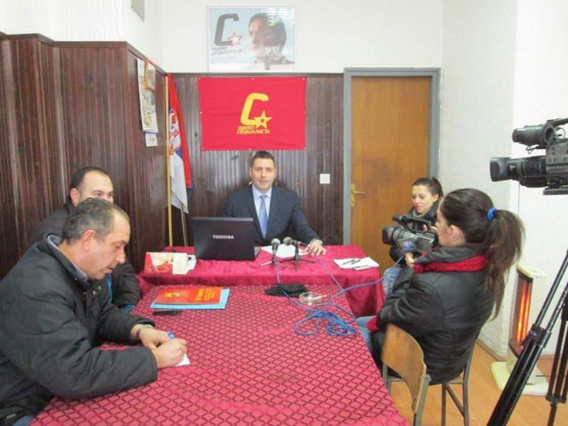 Upravni sud još mrsi političku situaciju u Vlasotincu