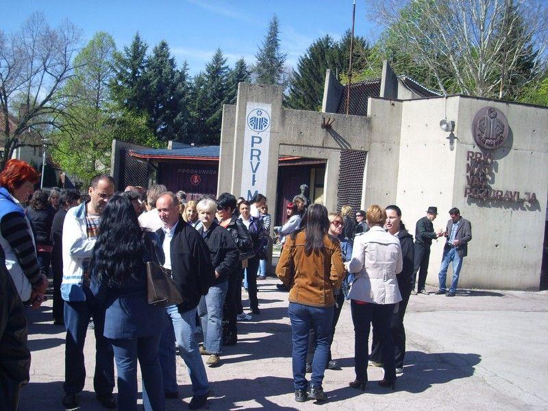 "Isplata za radnike ""AHA Mura Prvi maj"" u Pirotu"
