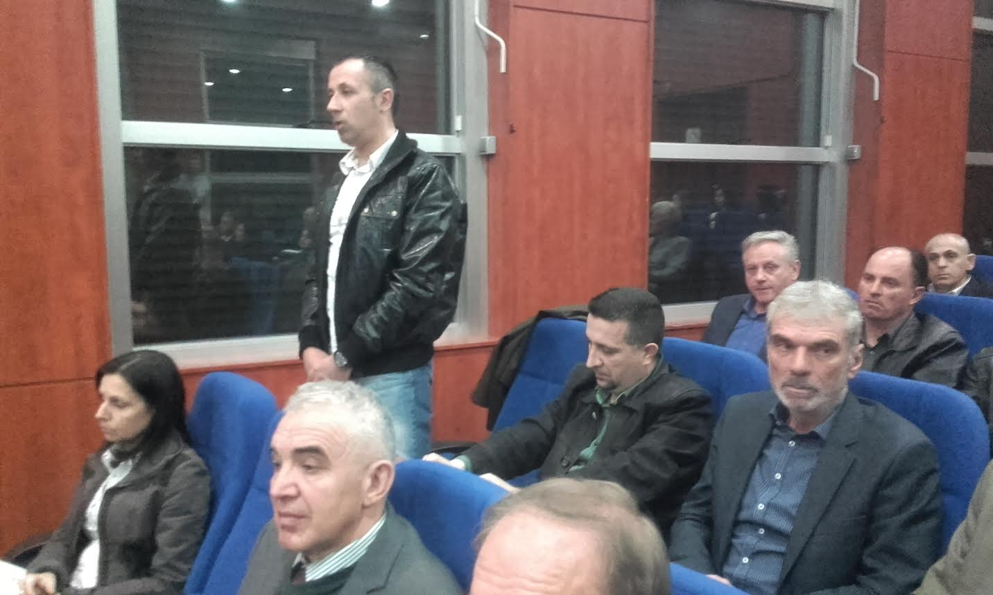 Cvetanović: Renovirali bi sve škole da nam nisu ostali dugovi demokrata